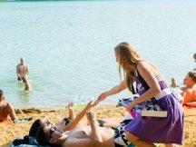 Milka softies beach promotion (2)