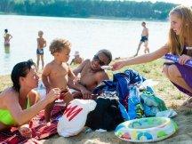Milka softies beach promotion (5)