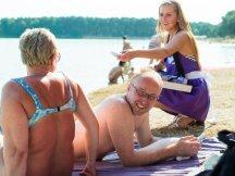 Milka softies beach promotion (7)