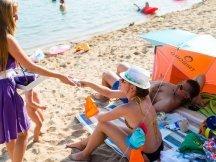 Milka softies beach promotion (11)