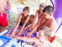Milka softies beach promotion (34)